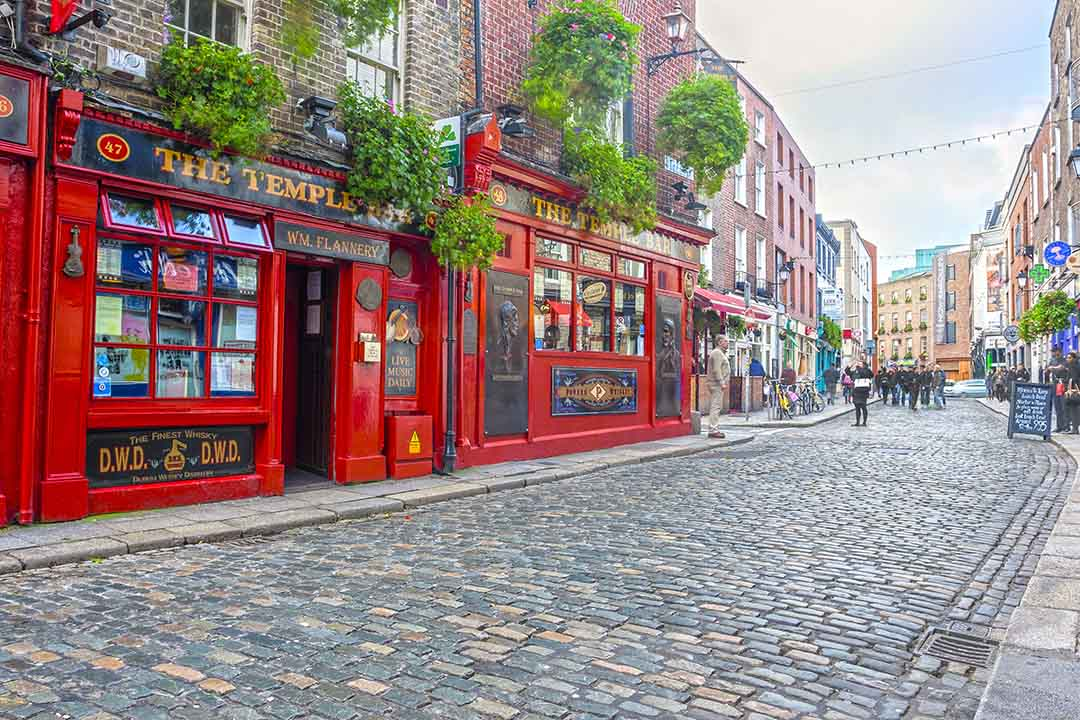 An outside view of Dublin's most famed bar, Temple Bar!