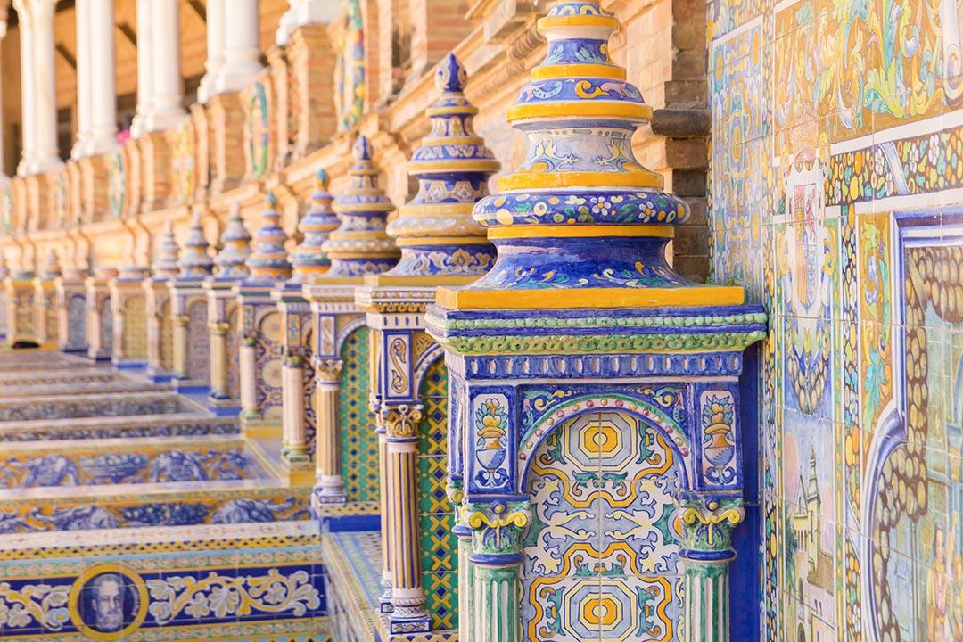 blue ceramic decorations at the plaza de espana