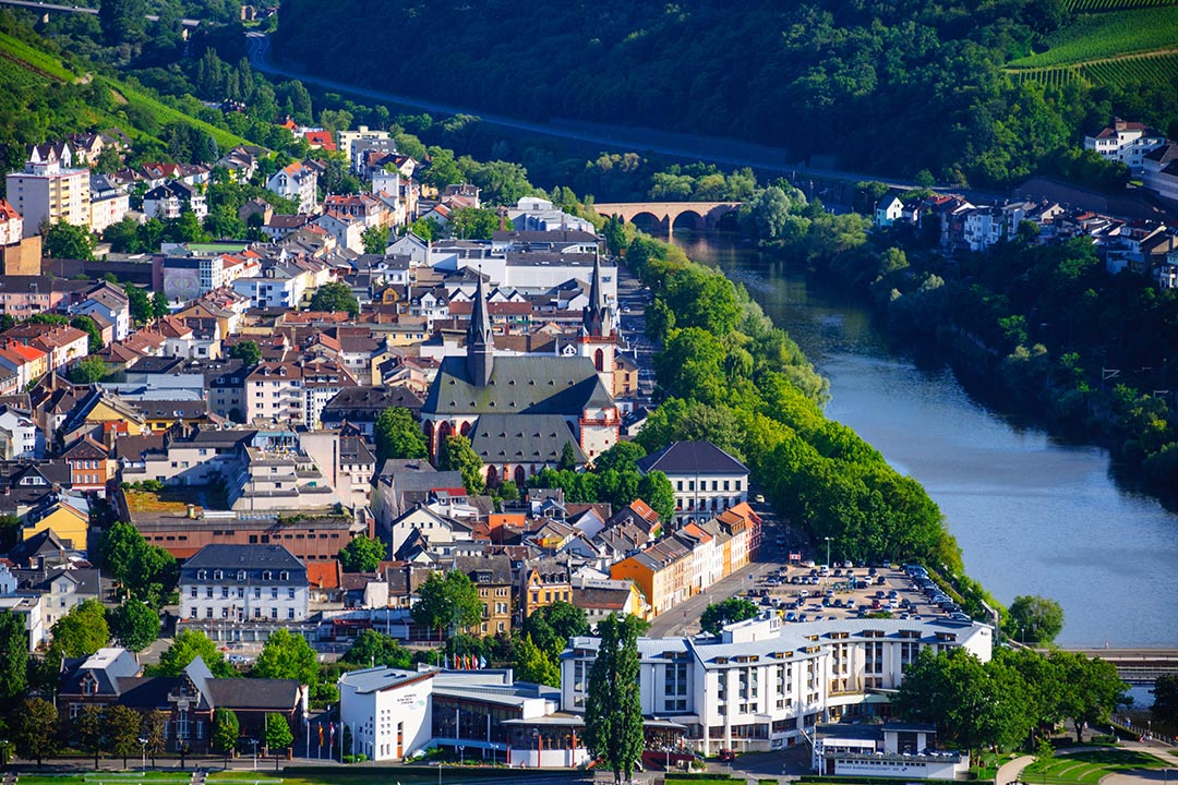 Bingen am Rhein and Rhine river, Rheinland-Pfalz, Germany.