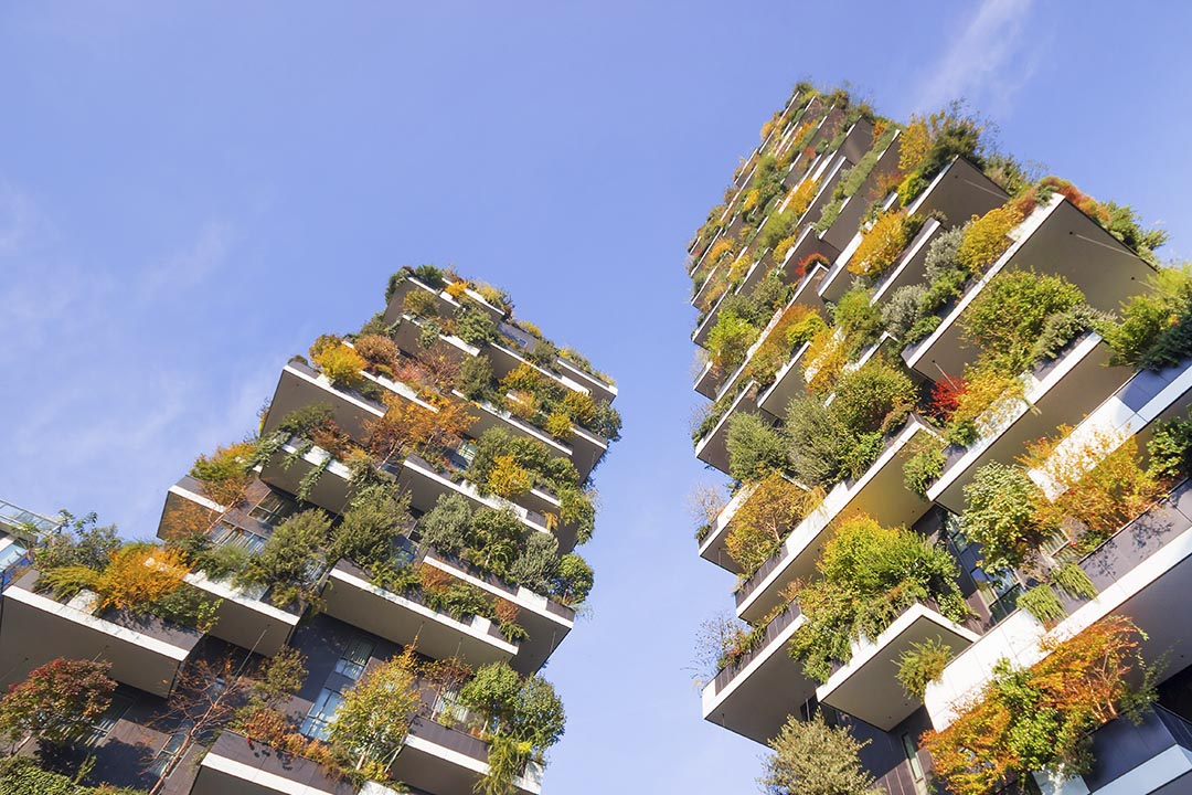 Milan Bosco Verticale - skyscrapers adorned with lush greenery
