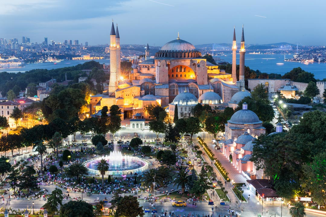 A view of the Hagia Sophia at dusk